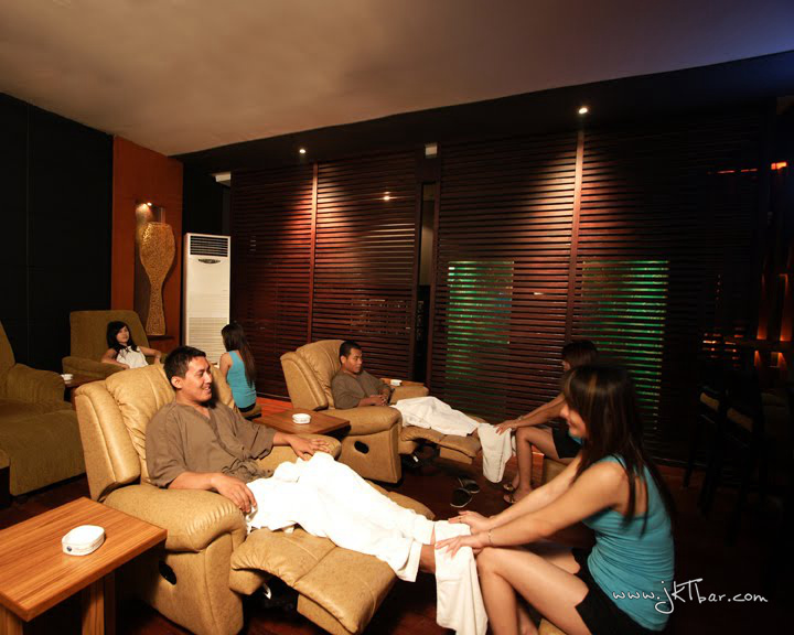 clients in massage parlour