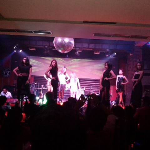 fashion show surabaya pretty girls