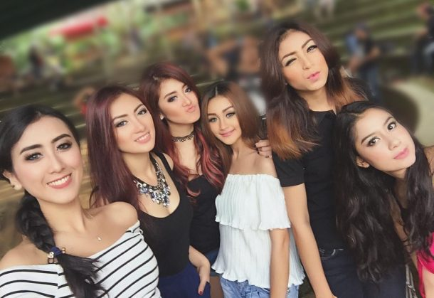 pretty indonesian girls dating